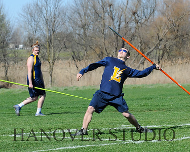 16 L VS D TRACK AND FIELD 3-29-16  0226