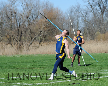 16 L VS D TRACK AND FIELD 3-29-16  0165