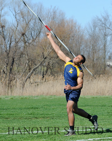 16 L VS D TRACK AND FIELD 3-29-16  0235