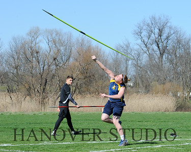 16 L VS D TRACK AND FIELD 3-29-16  0208