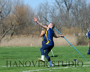 16 L VS D TRACK AND FIELD 3-29-16  0163