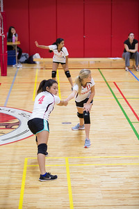 MS Girls VBall St  Maur 10 Sept-16