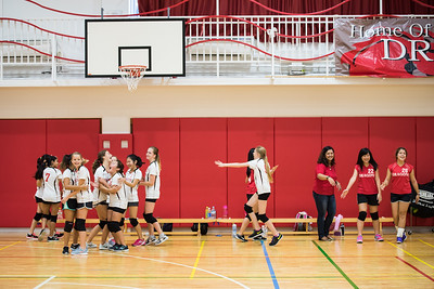 MS Girls Volleyball YIS-9167