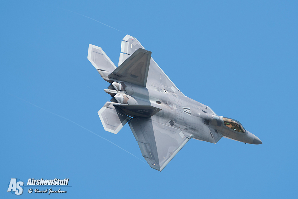 F-22 Raptor With Afterburner