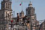 Workers in Zocalo