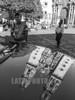 Mexico : Los pueblos Mexicanos son muy bellos. Iglesia Católica de Taxco reflejada en un carro / The Mexican towns are very beautiful . Catholic church of Taxco reflected in a car / Mexiko : Kirche in Mexiko Stadt © Andrea Diaz-Perezache/LATINPHOTO.org