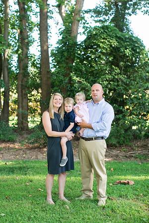 Christianna Johnson Family Minis