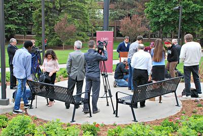 2016 06 10: Governor Mark Dayton (DFL-MN) visits University of Minnesota Duluth