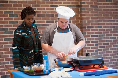 2016-11-30: Cooking Demonstration at Governor Morehead School