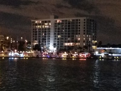 2016-12-10....Island Estates Boat Parade, Clearwater, FL