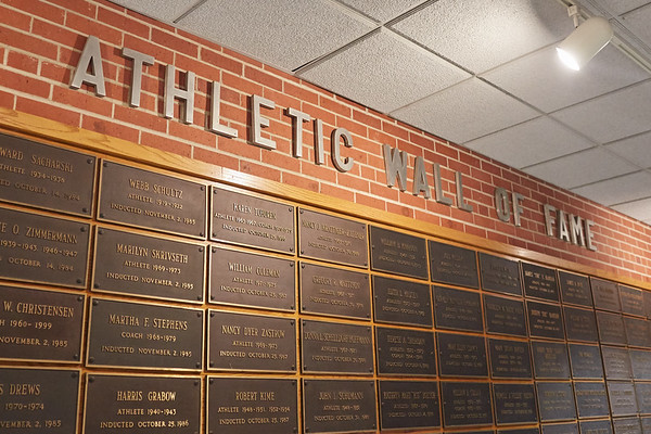 Location; Inside; Objects; Logo; People; Athlete Athletics; UWL UW-L UW-La Crosse University of Wisconsin-La Crosse; Signs logo Wall of Fame Athletics