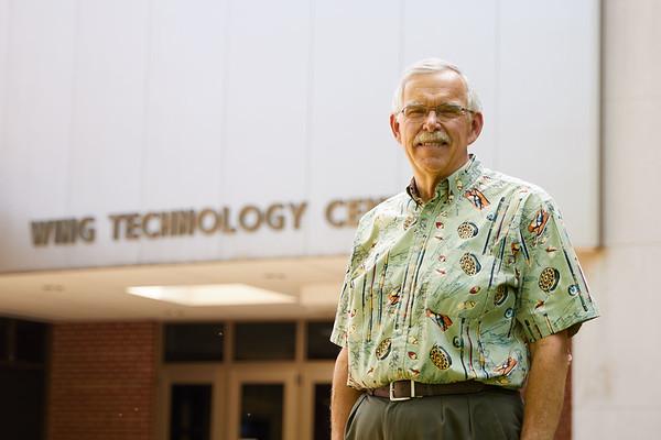 Buildings; Wing; College; College of Science and Health; People; Professor; Type of Photography; Portrait; UWL UW-L UW-La Crosse University of Wisconsin-La Crosse; retired