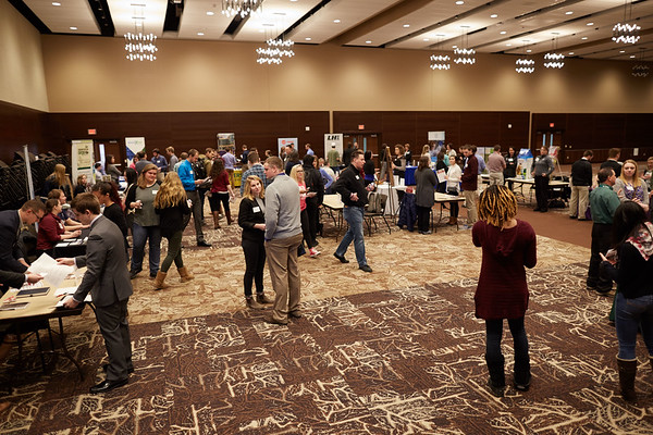 2017_UWL_Science_Career_Fair_0038