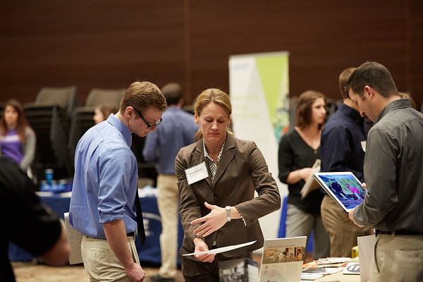 2017_UWL_Science_Career_Fair_0034