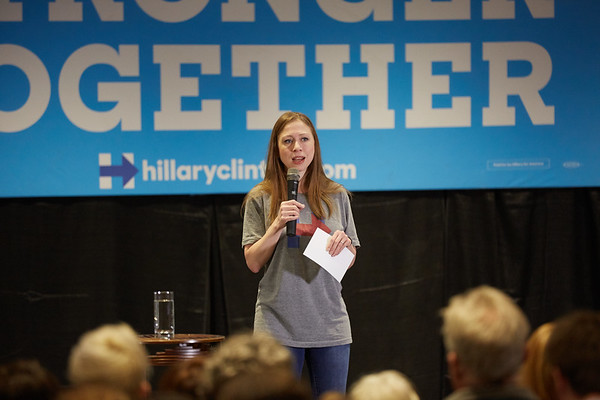 Activity; Speaking; Buildings; Cleary; Location; Inside; Type of Photography; Candid; UWL UW-L UW-La Crosse University of Wisconsin-La Crosse; Chelsea Clinton campaigns for Hillary Clinton at UW-LaCrosse
