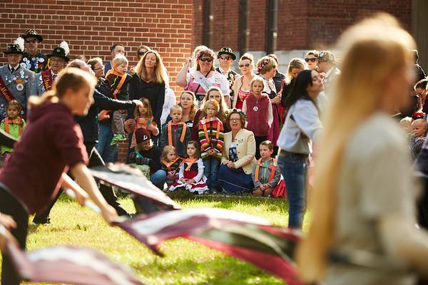 2016_UWL_Child_Care_Center_Oktoberfest_Parade_078