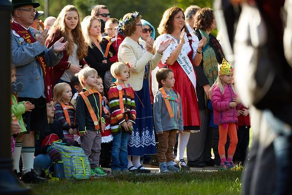 2016_UWL_Child_Care_Center_Oktoberfest_Parade_060