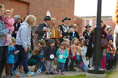 2016_UWL_Child_Care_Center_Oktoberfest_Parade_065