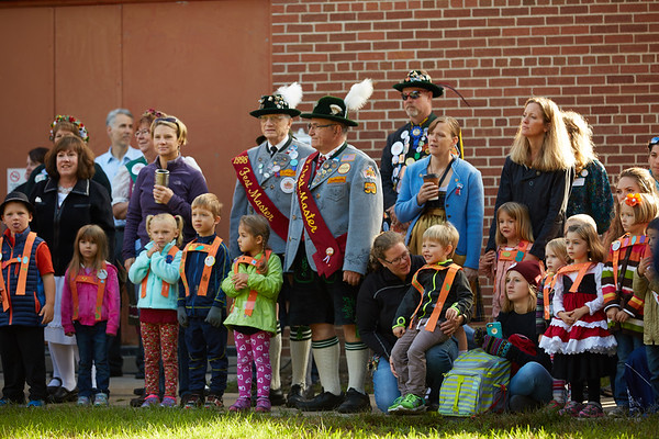 2016_UWL_Child_Care_Center_Oktoberfest_Parade_073
