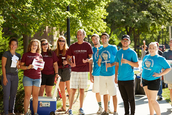 2016_UWL_Freshman_Move_in_Day_Welcome_Week_018