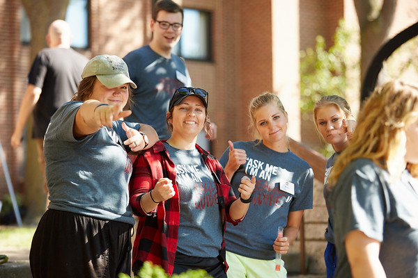2016_UWL_Freshman_Move_in_Day_Welcome_Week_019