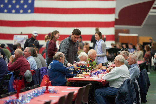 2016_UWL_Veterans_Day_Breakfast_043