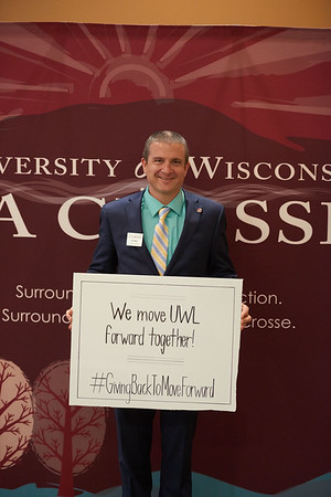 2017_UWL_Eagle_Excellence_General_Scholarship_Event_0004
