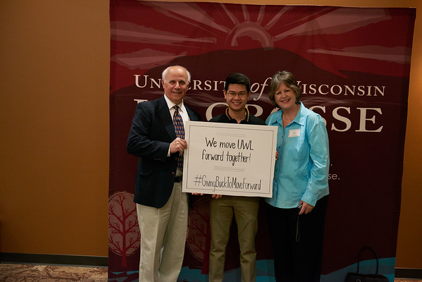 2017_UWL_Eagle_Excellence_General_Scholarship_Event_0052