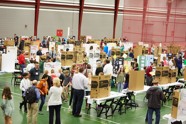 2017_UWL_Middle_School_Science_Math_Expo_0016