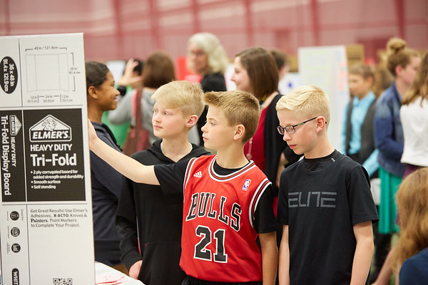 2017_UWL_Middle_School_Science_Math_Expo_0031
