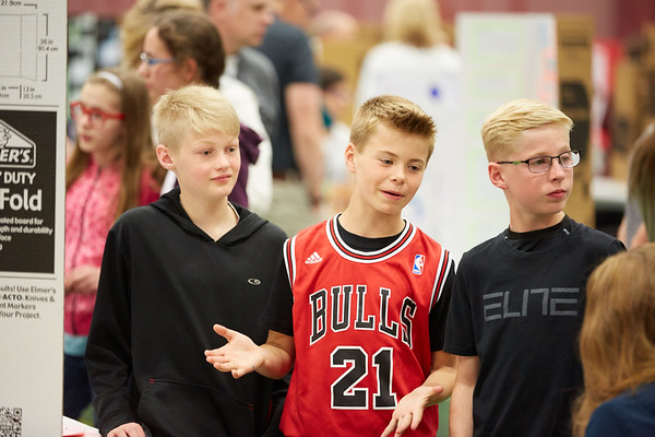 2017_UWL_Middle_School_Science_Math_Expo_0040