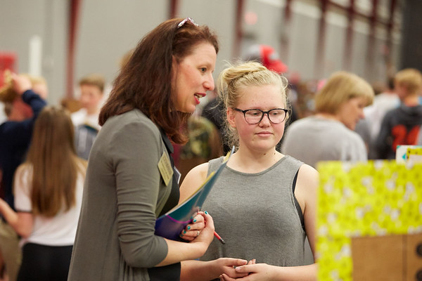 2017_UWL_Middle_School_Science_Math_Expo_0003