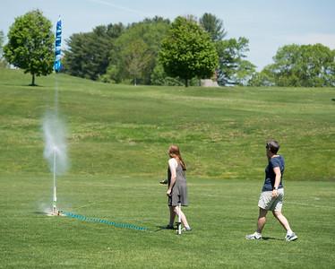 Gretchen Silverman's class launch soda bottle rockets