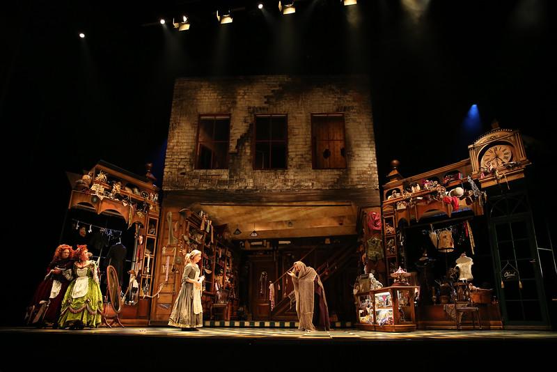 Rossini's La Cenerentola (Cinderella), opens October 22, 2016 for 4 performances. Photo from Opera Queensland.