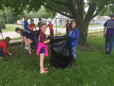 2nd & 8th grade Serve Project: Iowa Fairgrounds Cleanup