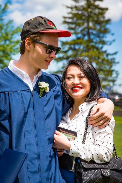 Graduate Timur Menadzhiev.