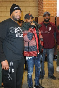 CAPTION: RIVER ROUGE, MI - NOVEMBER 22, 2016: Celebrities join forces to take part in the Annual All-Star Giveback: Thanksgiving Edition on November 22, 2016 at River Rouge High School in River Rouge, Michigan, USA providing more than 2000 turkeys and food baskets to Metro - Detroit residents. (Photo by:  Aaron J. / RedCarpetImages.net)