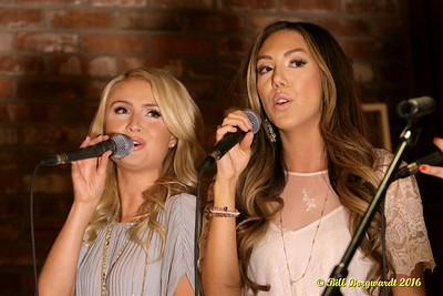 Kira Lynn & Jade Gervais 086