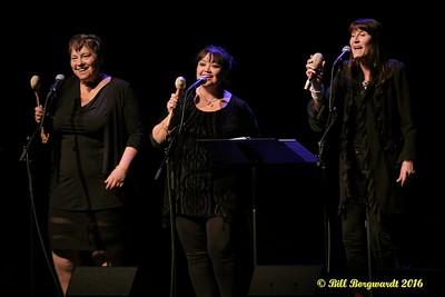 Asani (Debbie Houle, Terry Morrison and Sarah Pocklington) - Maria Dunn at Festival Place 085