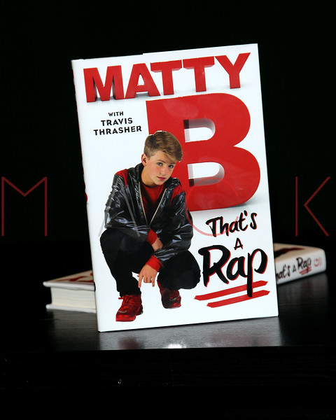 644592169SM015_MattyB_Signs