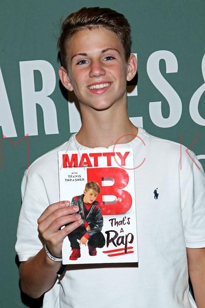 644592169SM014_MattyB_Signs