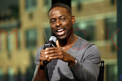 """NEW YORK, NY - NOVEMBER 16:  Sterling K. Brown visits the AOL Build Series to discuss """"This is Us"""" at AOL HQ on November 16, 2016 in New York City."""