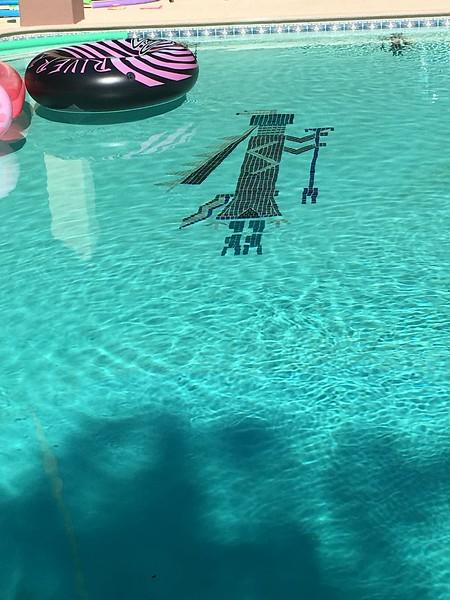 Zuni/Navajo/Hopi god? in the bottom of the pool