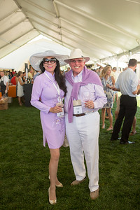 Guests with Style at the Barrel Auction | Briana Marie Photography for the Napa Valley Vintners