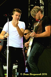 Petric - Country Thunder 2016 D044