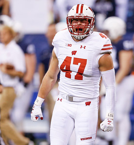 Wisconsin Badgers linebacker Vince Biegel (47) reacts to a play during the first half of the Wisconsin Badgers against the Penn State Nittnay Lions for the Big Ten football championship at Lucas Oil Stadium in Indianapolis, Ind., Saturday, Dec. 3, 2016. (Photo by Sam Riche)