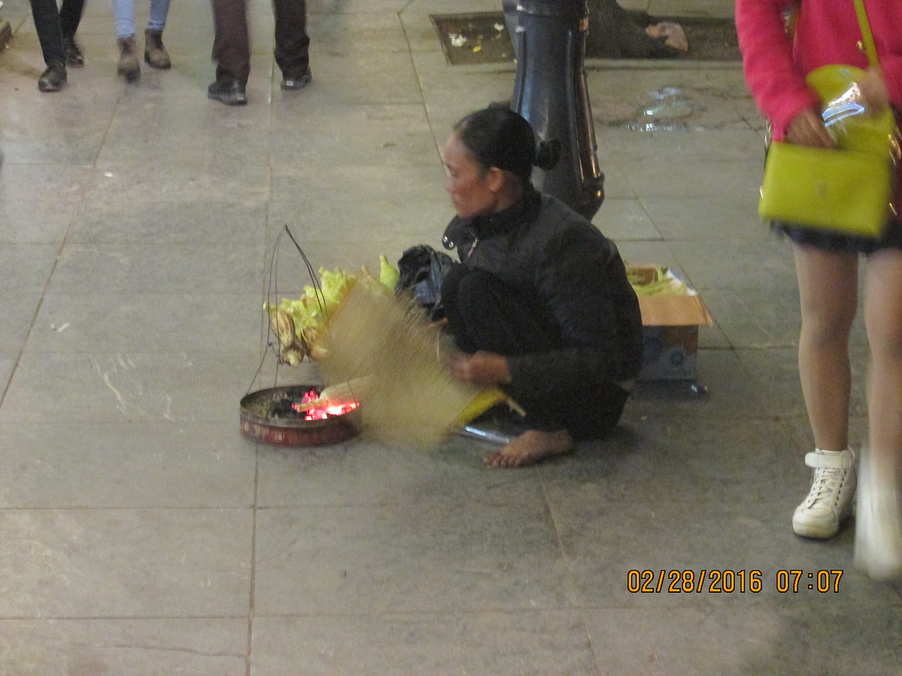 0089 - Woman Grills Corn along Hoan Kiem Lake in the Old Quarter - Hanoi Vietnam - Date Correct but Time on Pic is Wrong