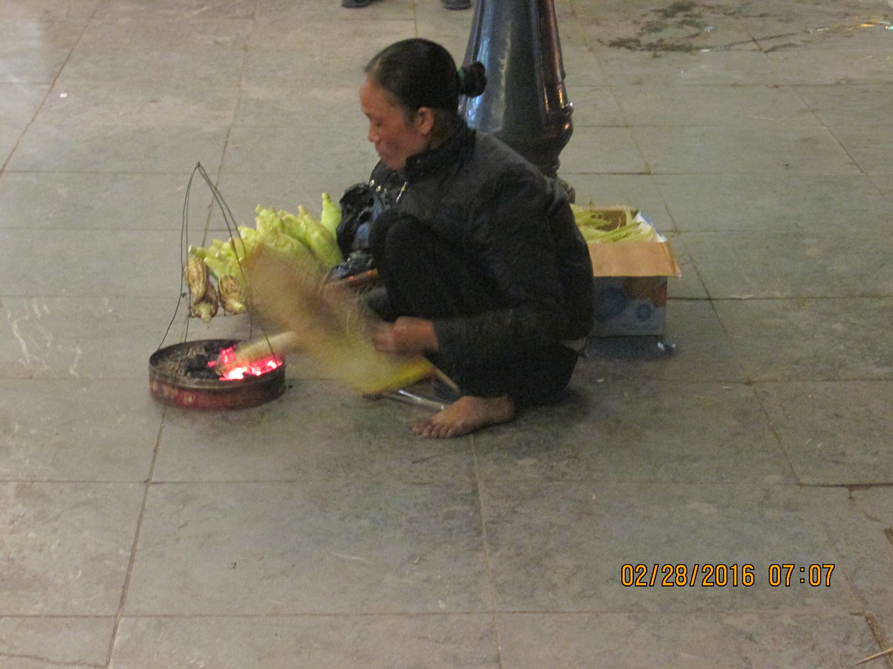 0090 - Woman Grills Corn along Hoan Kiem Lake in the Old Quarter - Hanoi Vietnam - Date Correct but Time on Pic is Wrong