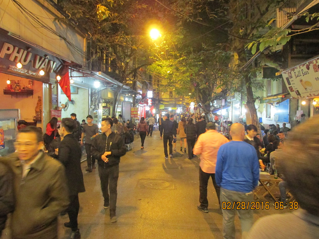 0072 - Streets of the Old Quarter - Hanoi Vietnam - Date Correct but Time on Pic is Wrong