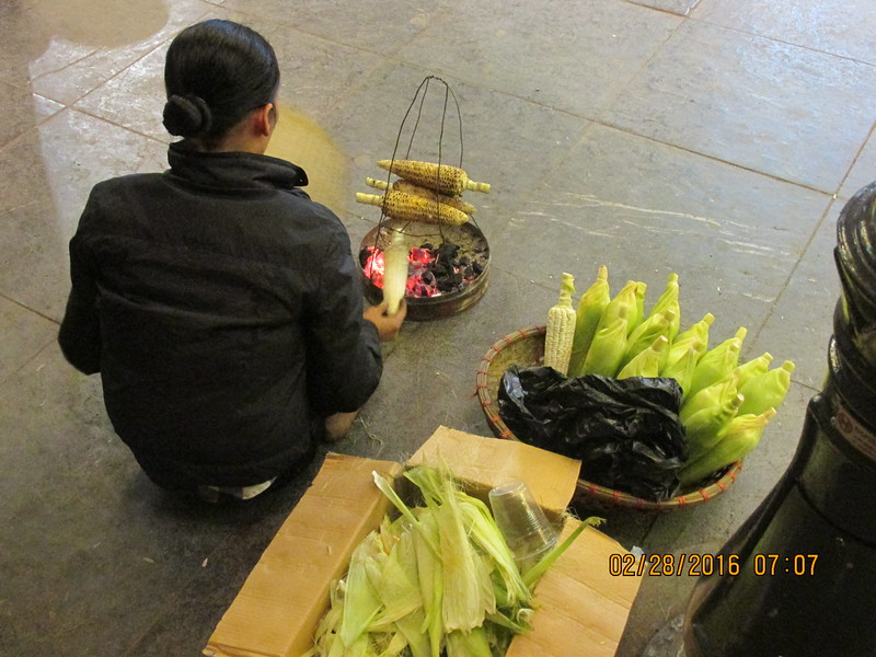 0091 - Woman Grills Corn along Hoan Kiem Lake in the Old Quarter - Hanoi Vietnam - Date Correct but Time on Pic is Wrong